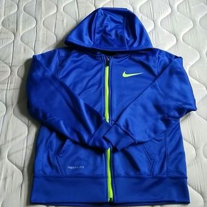 Nike Therma- Fit Hoddie